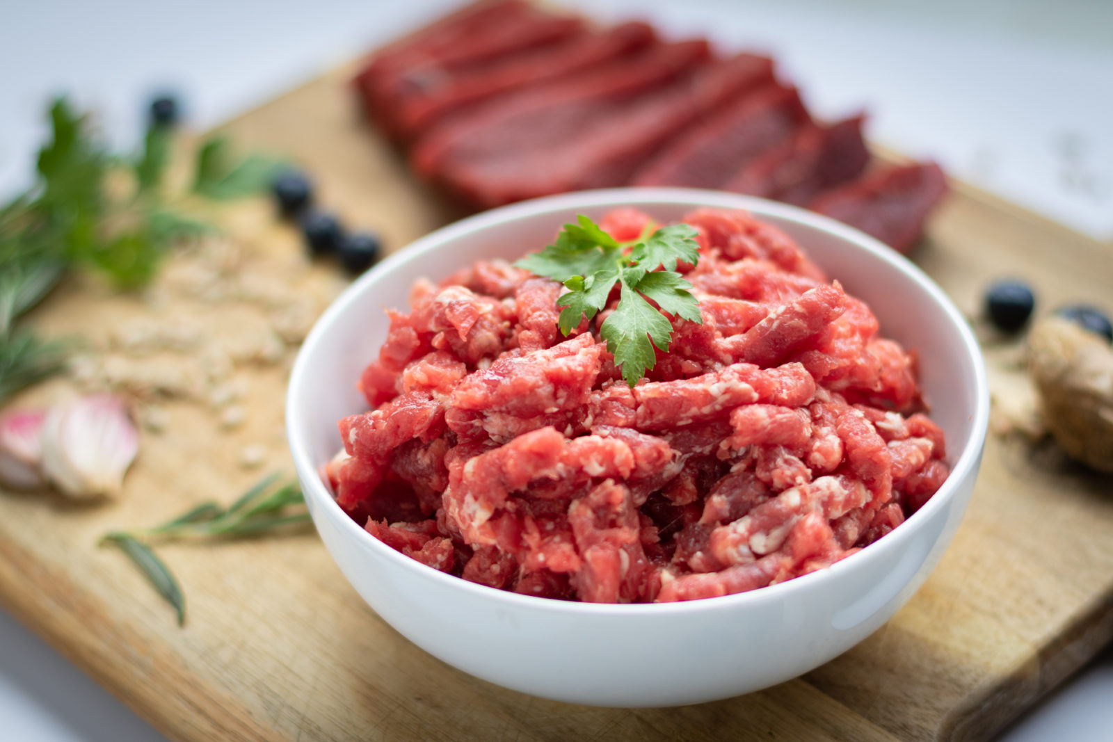raw ground beef for dogs