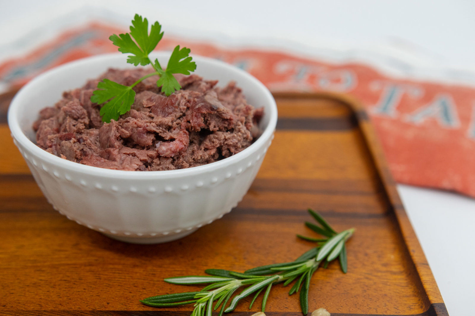 raw lamb for dogs